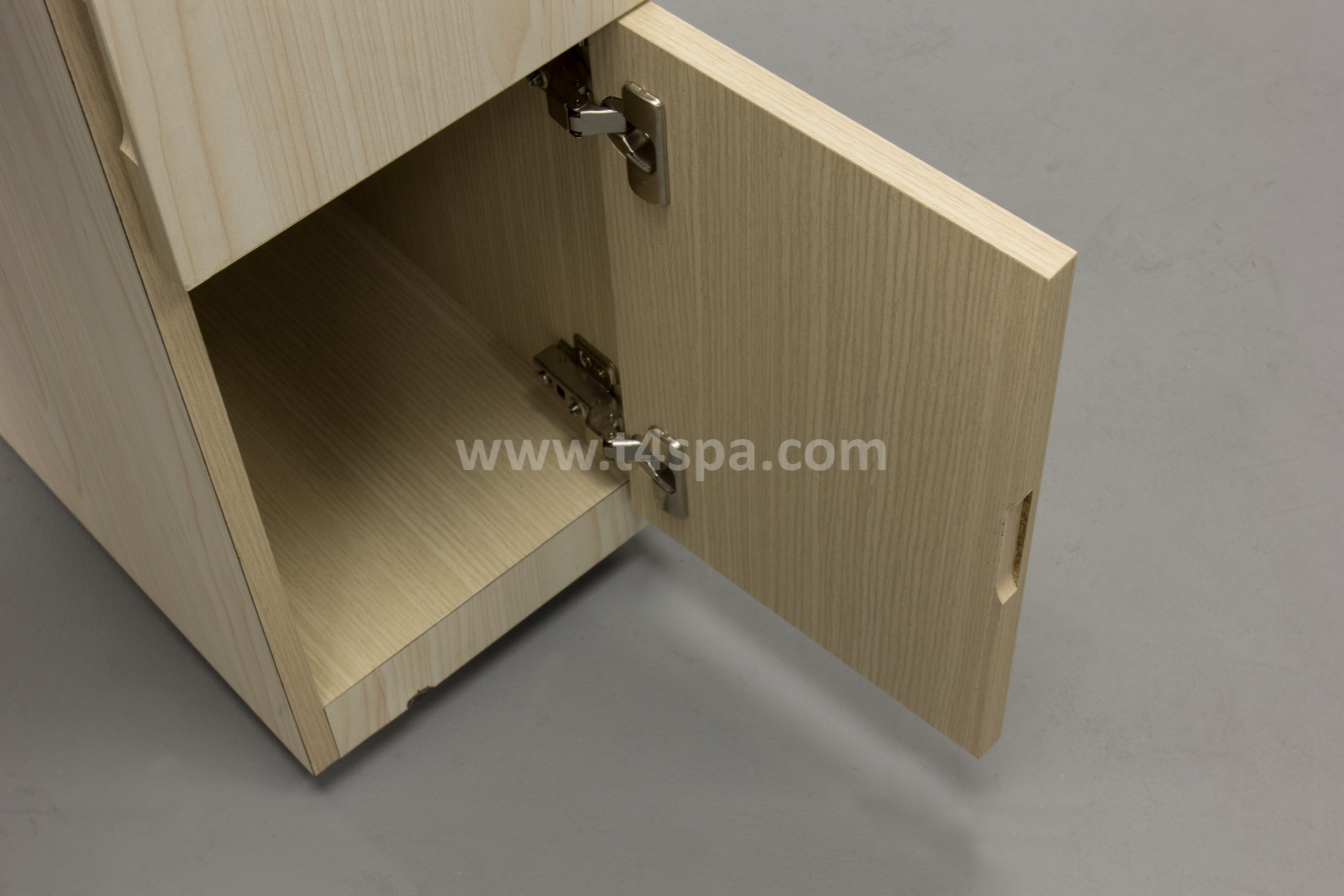 TD-589 Nails Table Dark Wood + Light Detail (3)